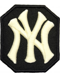 NY Yankees biało - czarna 3D