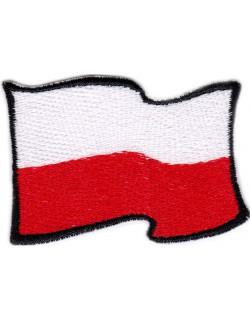 Flaga Polski powiewająca